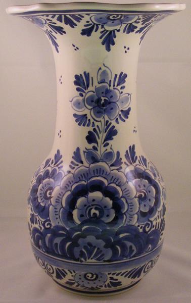 Vaas Delfts Blauw.Vaas Delfts Blauw H 29 Cm